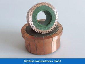 Slotted commutators small